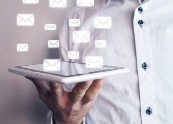 E-mailadresser bliver eksponeret på LinkedIn